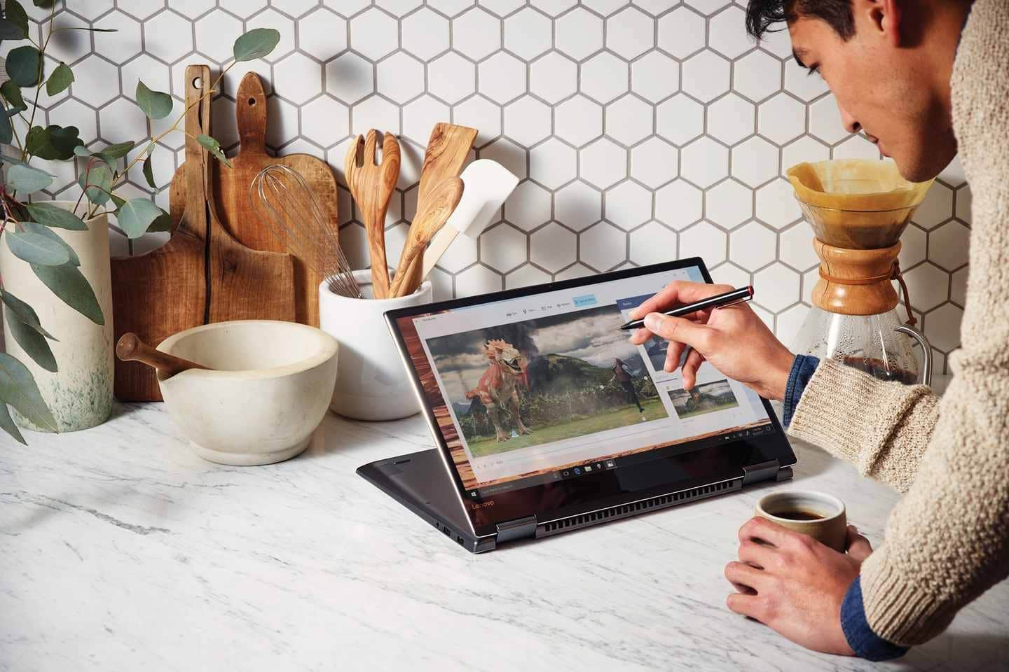 Windows 10 Fall Creators Update Will Hit The World On October 17th